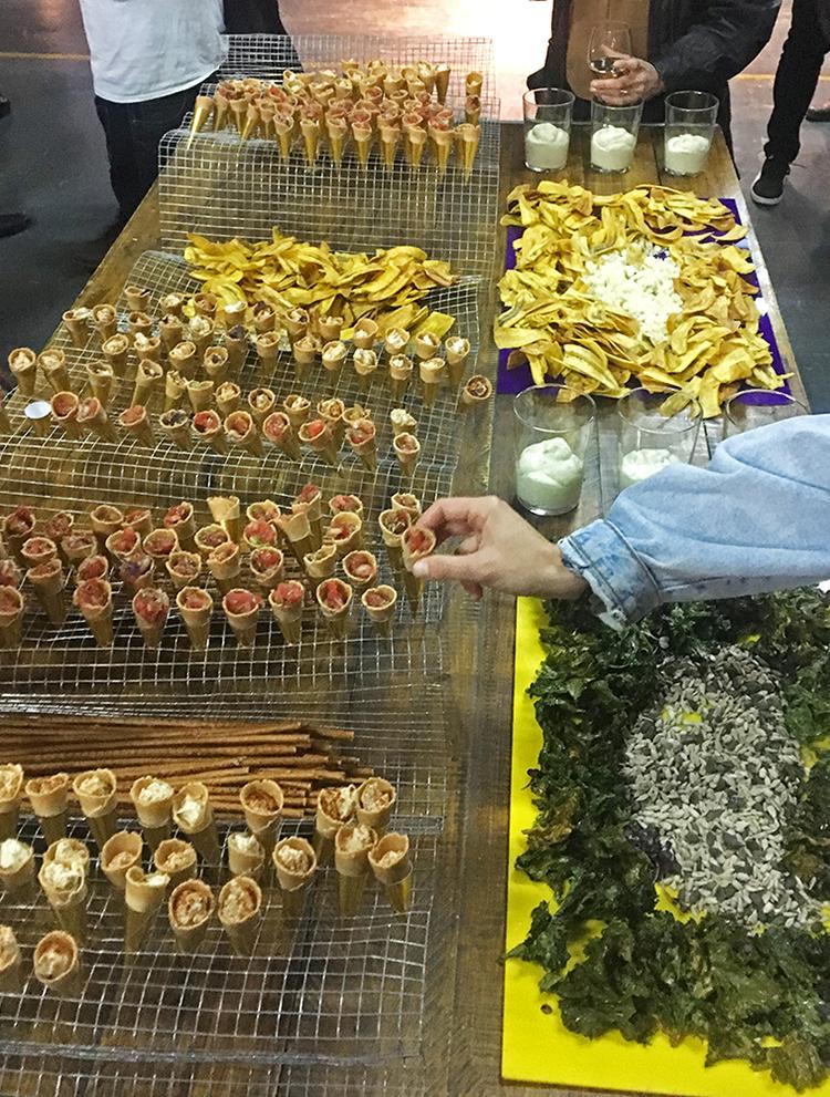 food-design-installation-waves-foodture-foodandevent